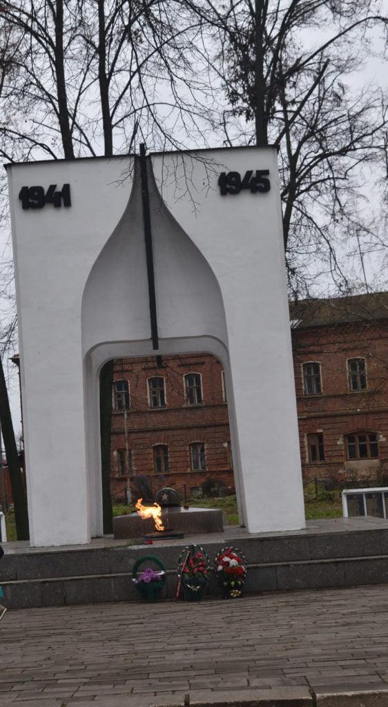 Monumento aos soldados de Suzdal mortos na Segunda Guerra Mundial